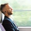 Écouteurs kickstarté seront automatiquement mouler à la forme spécifique de votre oreille